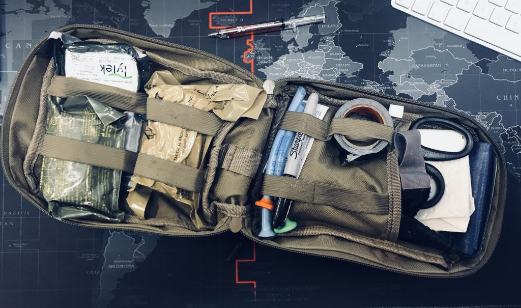 contents of an individual first aid kit aid worker